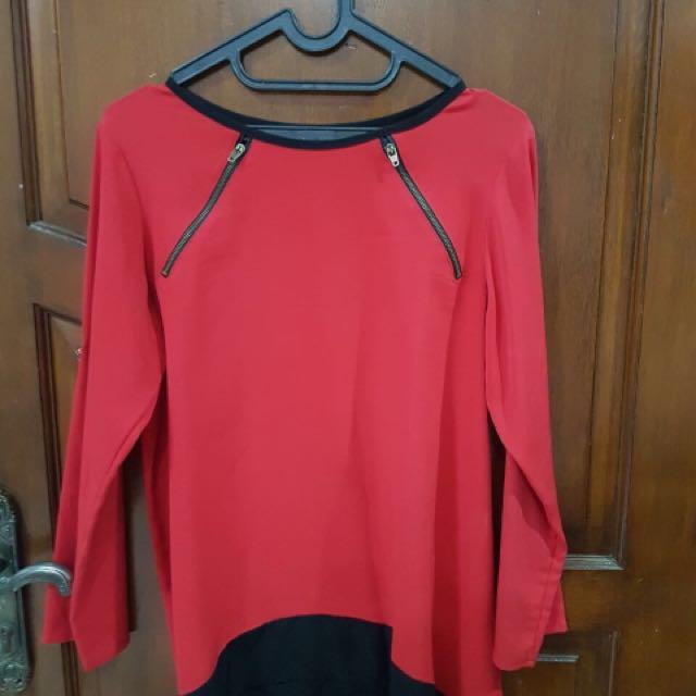 Baju Merah Tangan Panjang