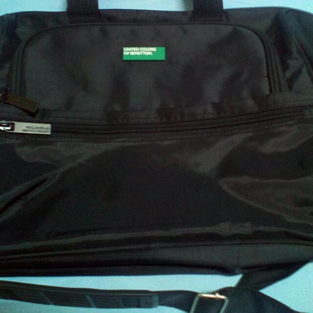 Benetton Laptop Messenger Bag
