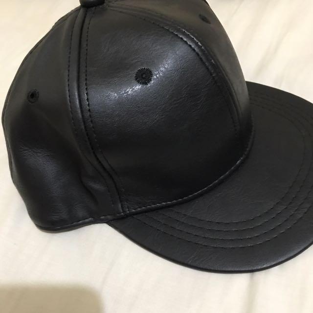 black Cap/hat