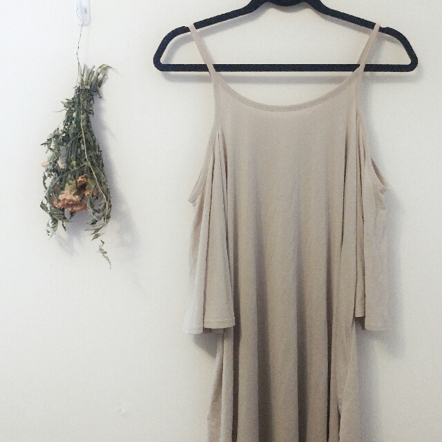 Casual tan nude dress size M