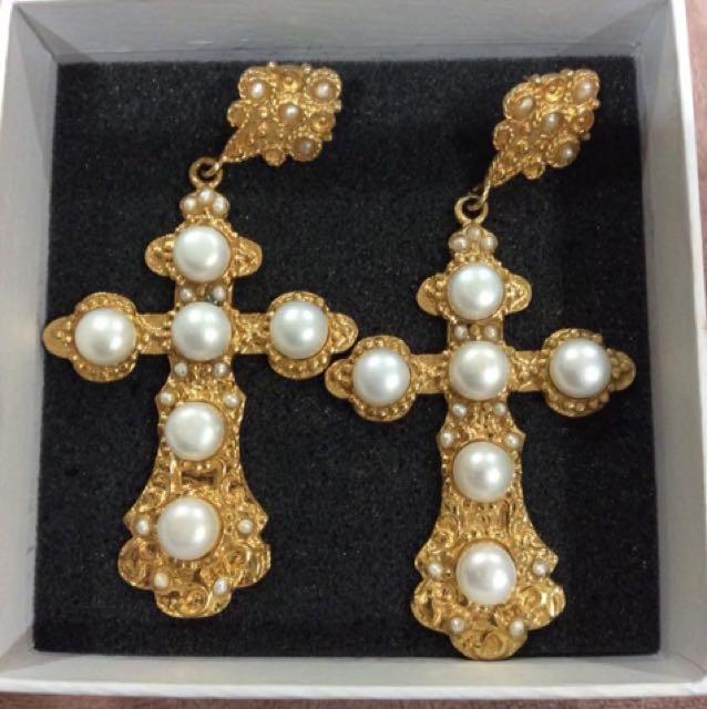 Christie Nicolaides Nonia Pearl Pierced Earrings