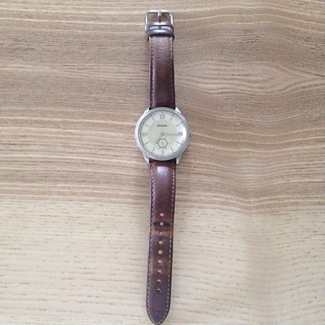 Fossil Vintage Style Classic Leather Watch