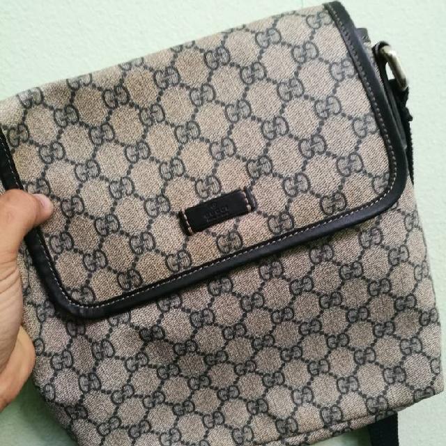 b9f7e4344ec1 Gucci Original Sling Bag