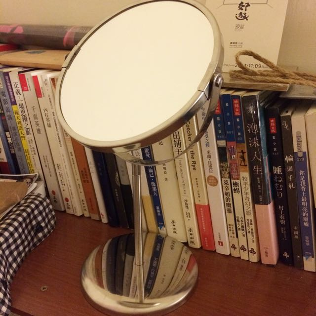 IKEA 雙面旋轉化妝鏡