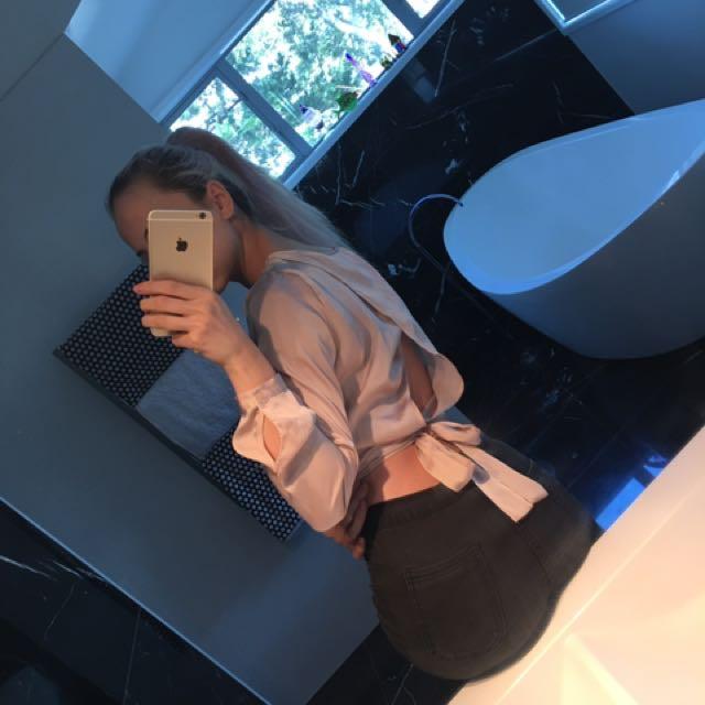Long sleeve baby pink shirt
