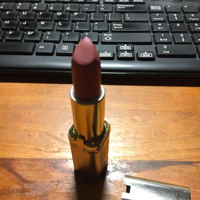 L'Oreal Color Riche Matte (Erotique)