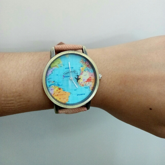 Men or women watch world map design analog quartz watch unisex men or women watch world map design analog quartz watch unisex preloved womens fashion watches on carousell gumiabroncs Images