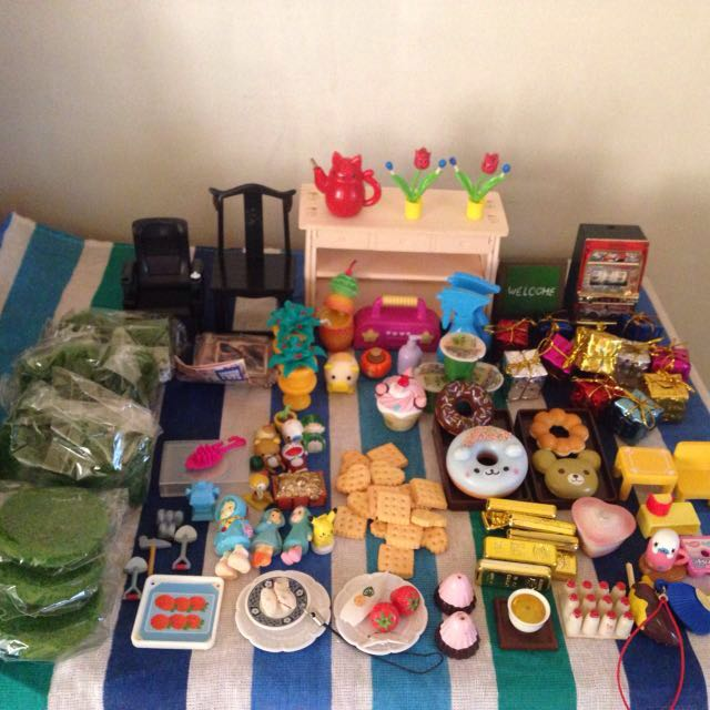Miniature Items Lot