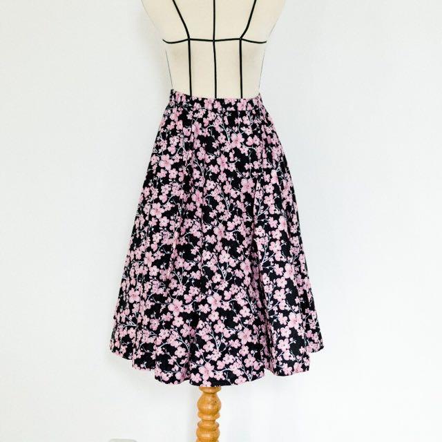 NEW Full Skirt