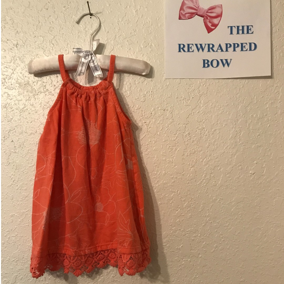 Old Navy Dress (size 12-18 months)