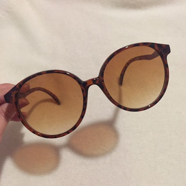 Oversized Brown Sunglasses