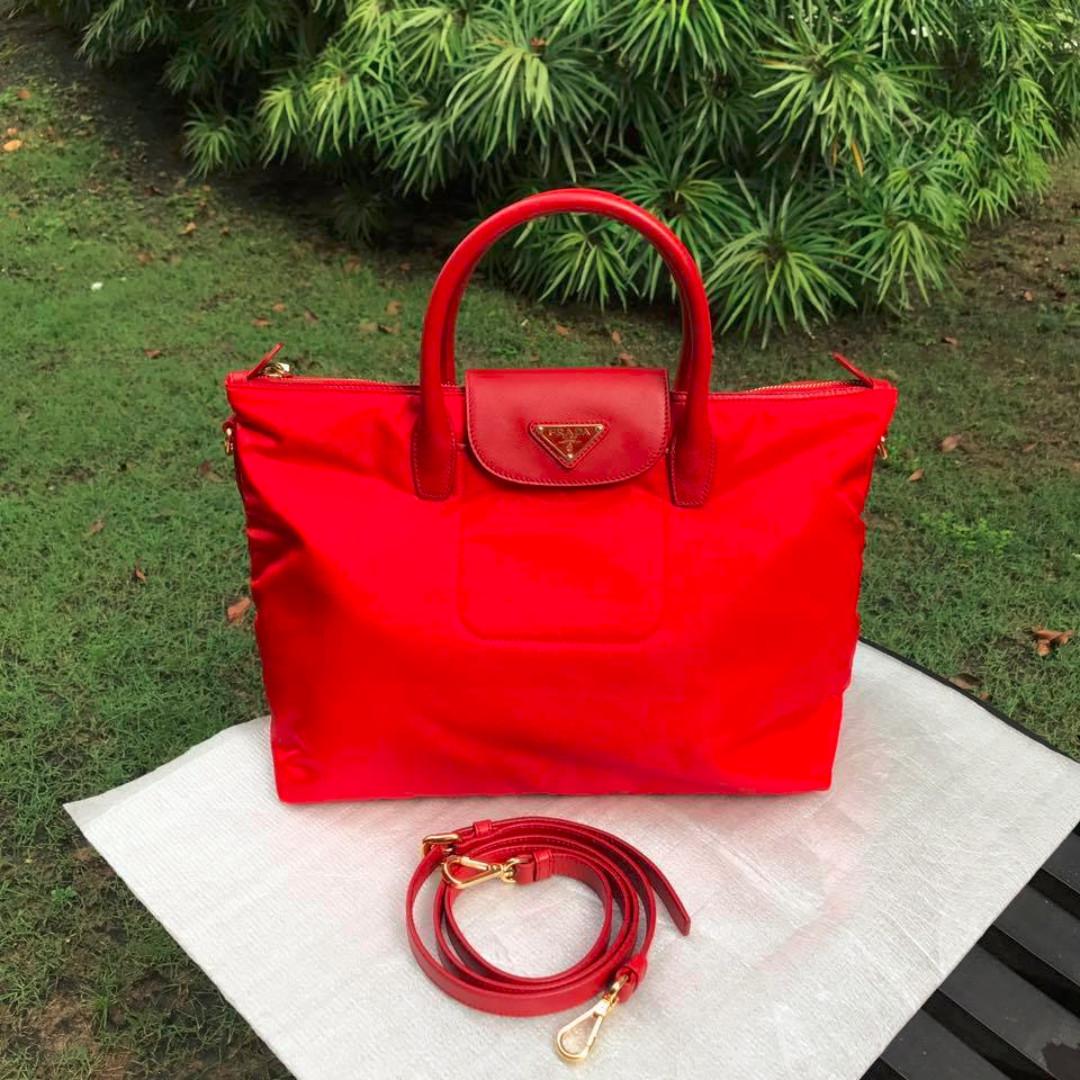 7a71868a3ab8 Prada BN2541 Tessuto & Saffiano Tote Bag, Women's Fashion, Bags ...