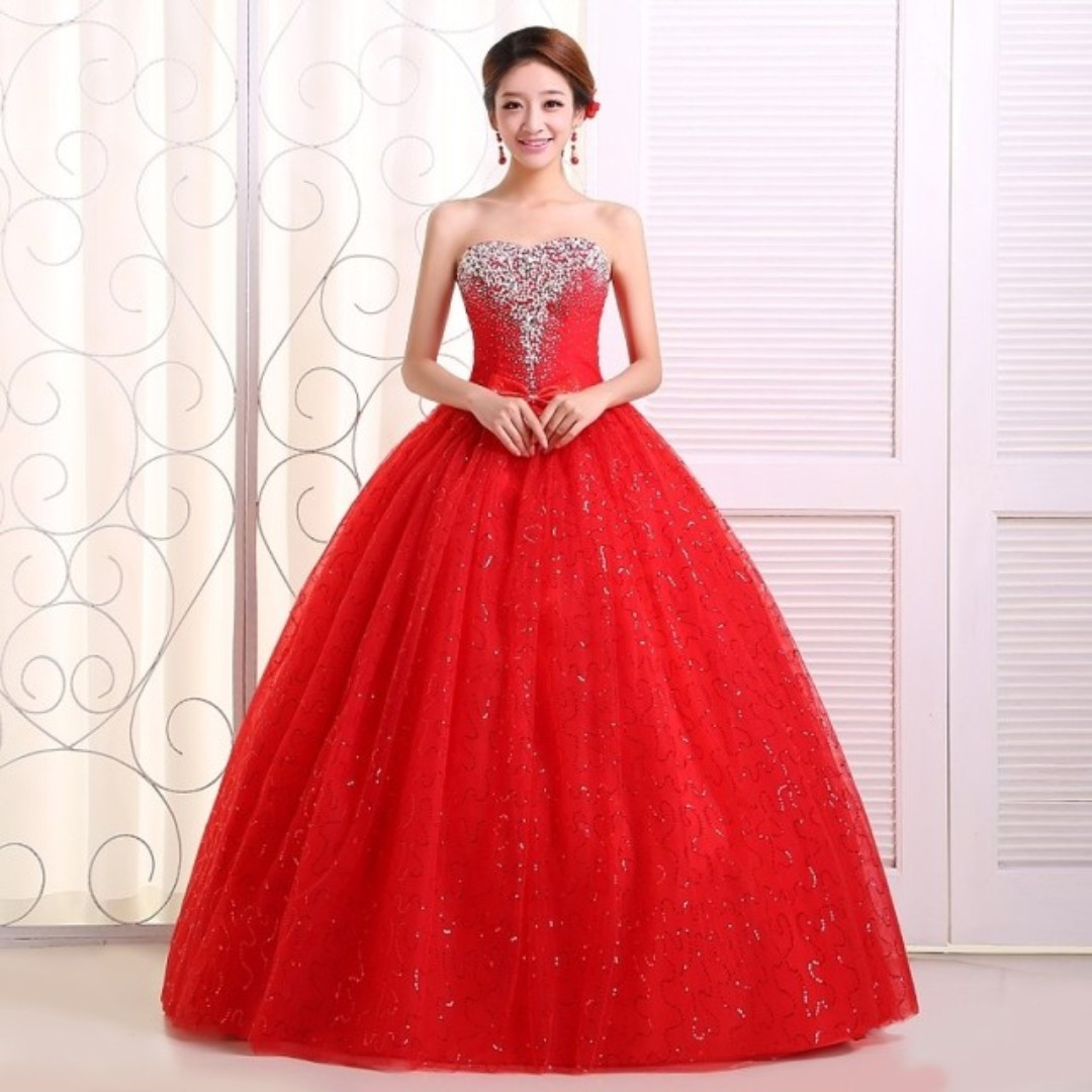 Red Jewelled/ beaded Wedding Gown /Evening Gown New, Women\'s Fashion ...