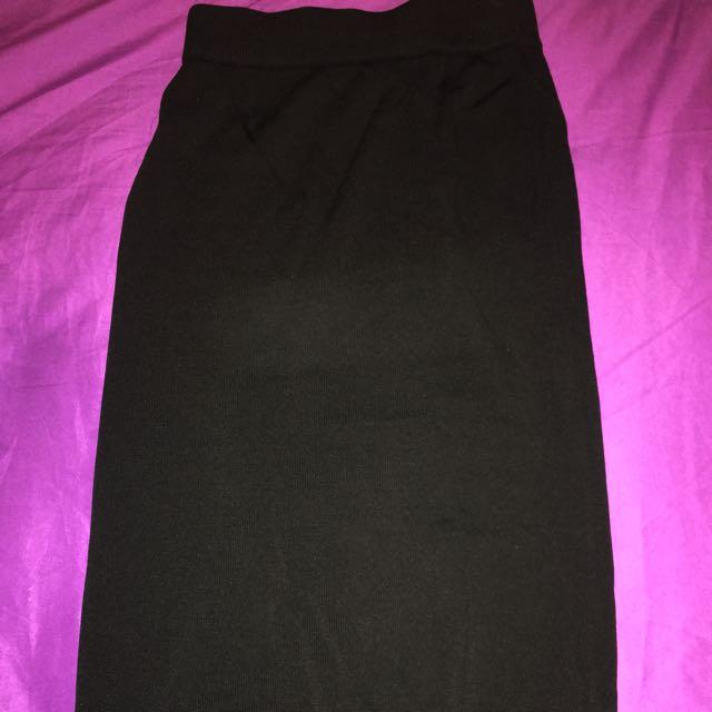 Topshop- On/below Knee Black Skirt