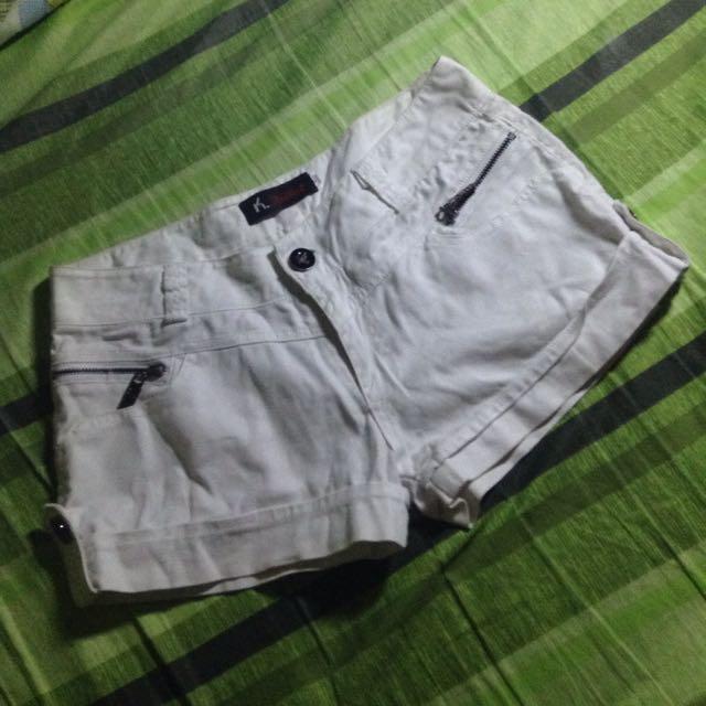 White Shorts 💕