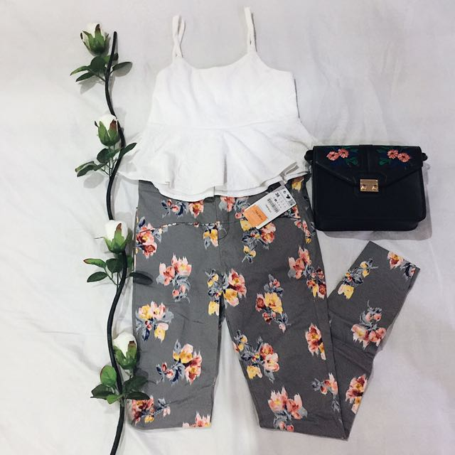 Zara Gray Floral Jeans (Brand new with tag)