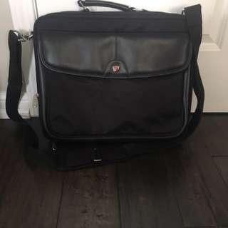 Tagrus Standard Laptop Bag