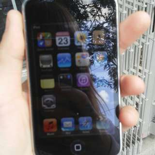 8GB IPod Touch With IPod Headphones