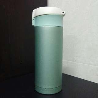 全新 日本品牌 不銹鋼 保溫水瓶 飲用水樽 (容量350ml 顏色:蘋果綠)