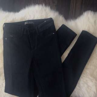 NEW Size 2 Navy Skinnies