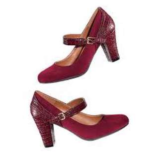 Mary Jane Pump- Size 10, Red
