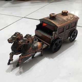 雙馬車廂模型