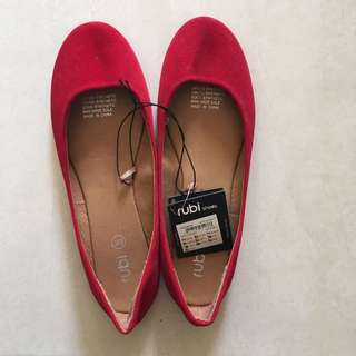 Ruby Red Flats sz 39