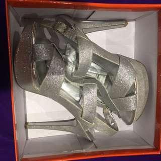 Sandals Size 7