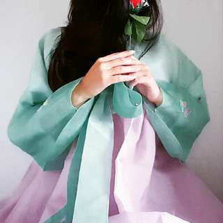 HIRE HANBOK PINK OR GREEN