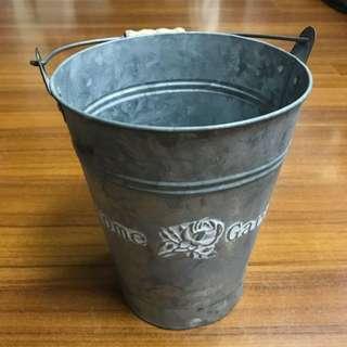 日式風格小鐵桶