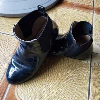 Zara女童短靴女童漆皮鞋