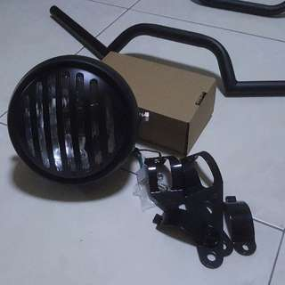 """Headlight 5"""" grilled"""