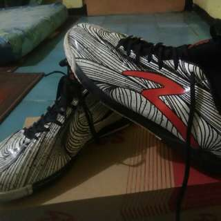 Sepatu Futsal SPECS Barricada Ori