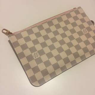 💕Louis Vuitton Neverfull Pouch RB