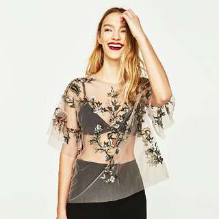 Zara Look A Like Embroidered Flower Top