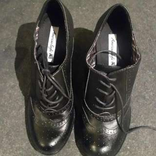 Black Boots Woth Heels Size 9