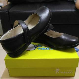 全新全黑女童皮鞋