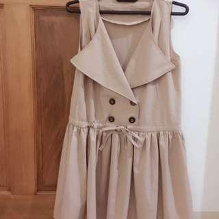 英倫風大翻領排釦縮腰洋裝👗