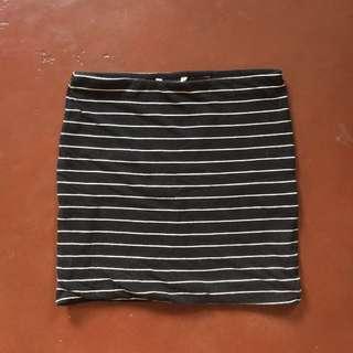 H&M Basic Striped Skirt