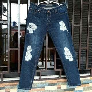 Penshoppe Boyfriend Tattered / Ripped Jeans Pants