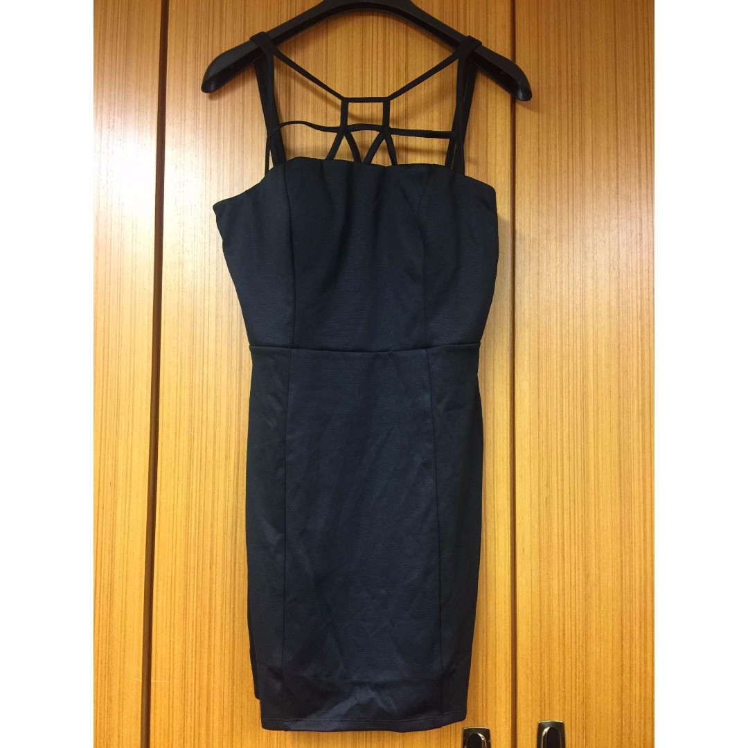 (全新) GUESS 黑色吊帶洋裝 (L號)