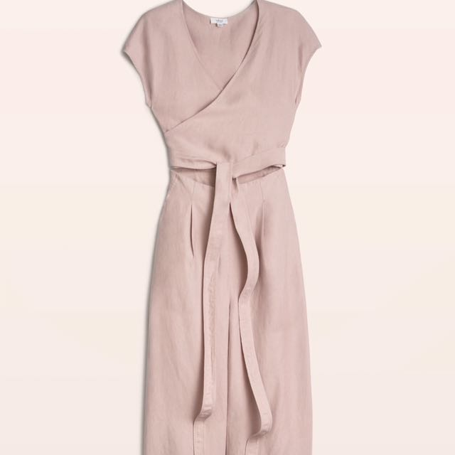 Looking For: Aritzia Wilfred Brax Jumpsuit