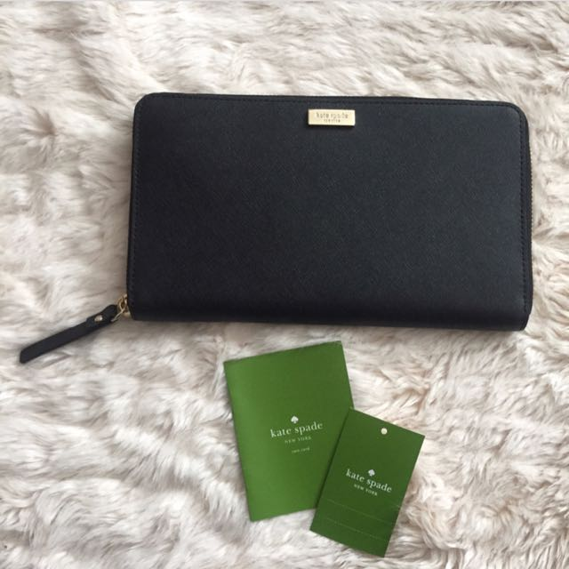 Authentic Kate Spade Genuine Saffiano Leather Wallet With Tags