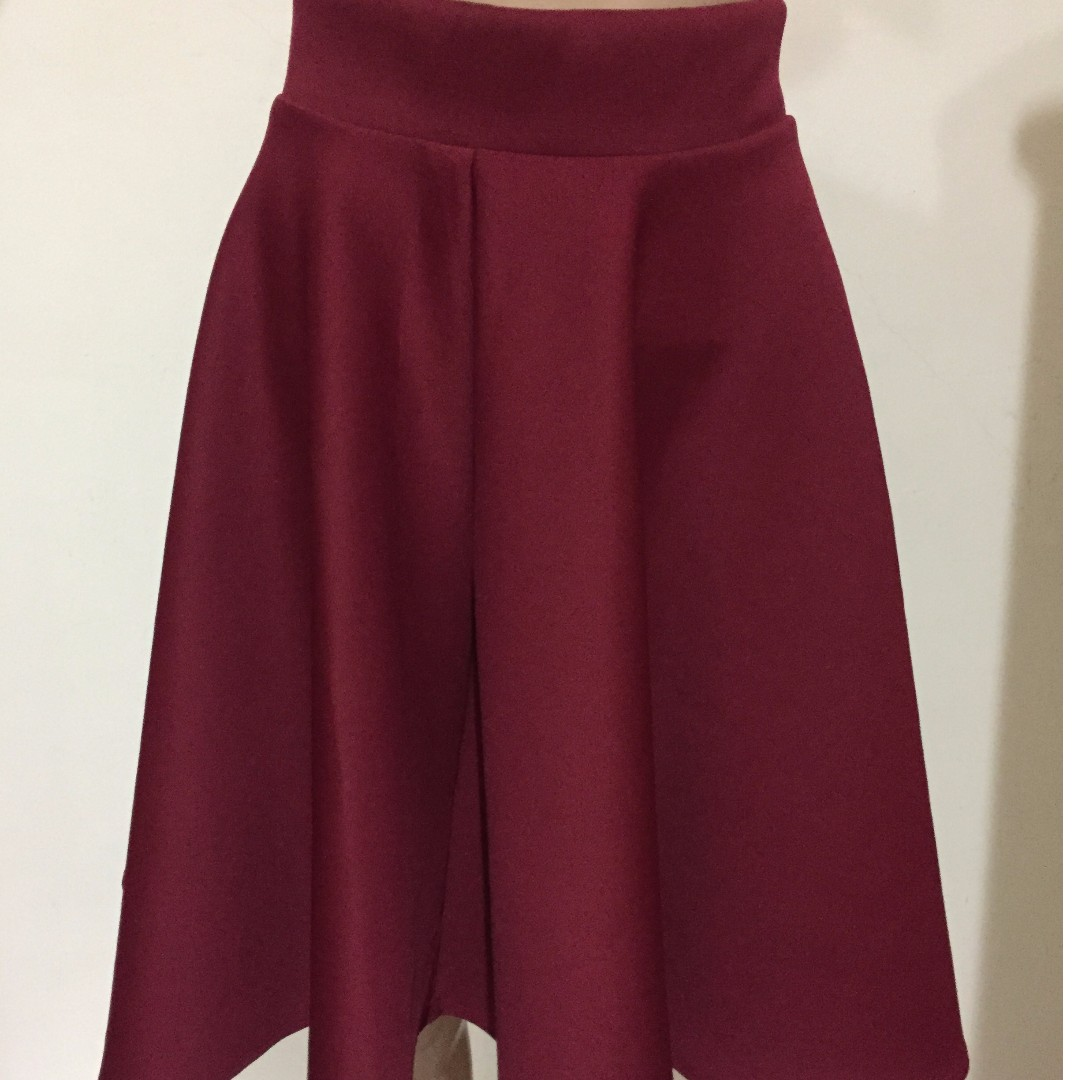 Brand New Maroon Midi Skirt (With Zip Behind)