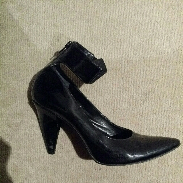 Carl Scarpa Black Heels With Ankle Strap