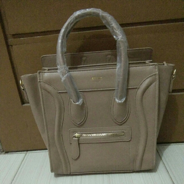 Celine Paris Uk Medium