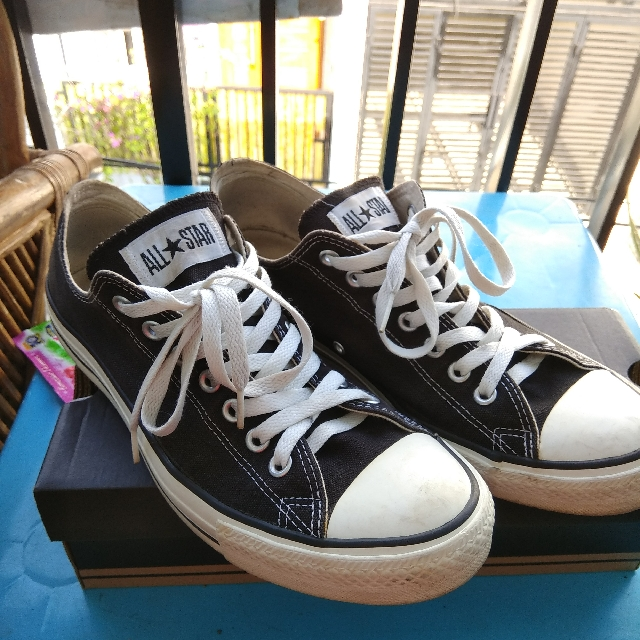 Converse All Star Classic Low Great Cond.