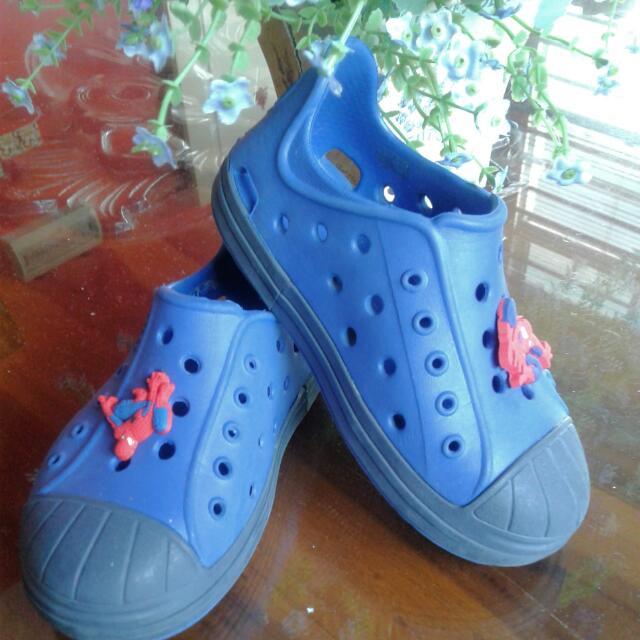 Price Reduce to RM 40 Crocs Size C8 #take10off