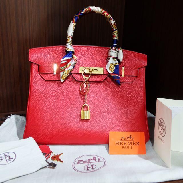 5a39bb4e1b19 Hermes Birkin 30 Red Togo