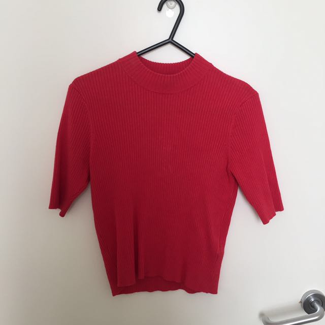 H&M Red Cropped Top